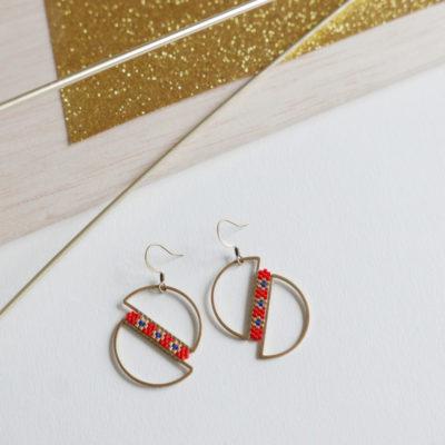 boucles d'oreilles OUMOU  ::vermillon/ 3 fleurs doré&bleu::